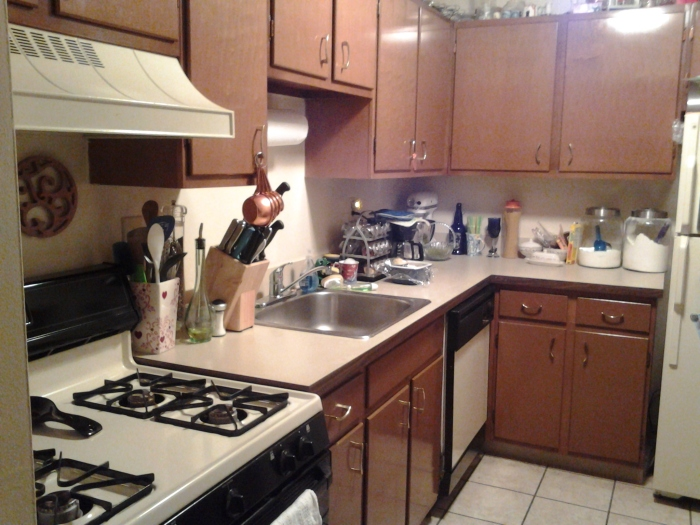 My clean and reorganized kitchen!