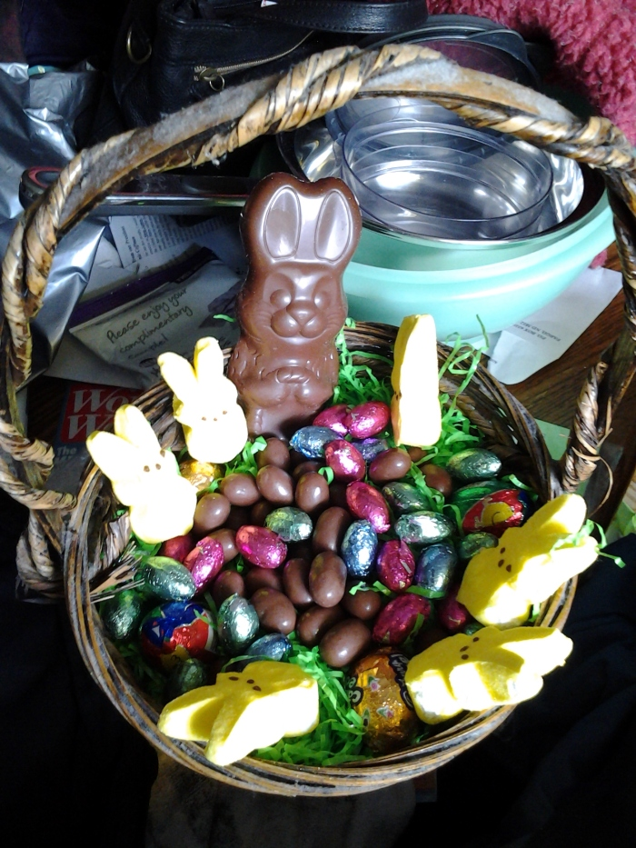 Mom made me an Easter Basket! :3