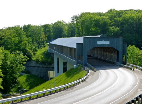 The longest covered bridge in the United States is located in Ashtabula, Ohio.