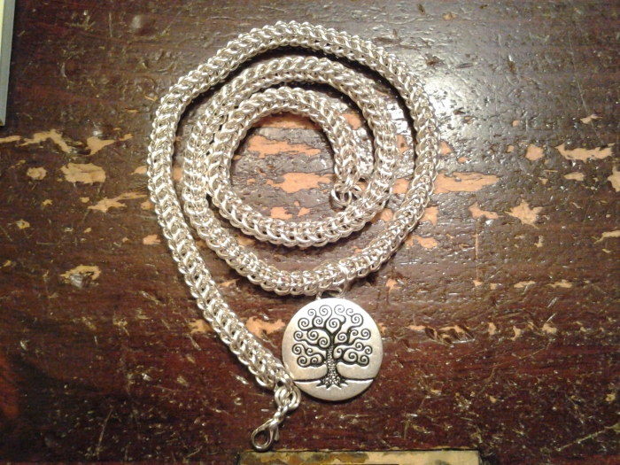 I made my mother a necklace she's been wanting for a while: a full persian chain with a tree of life emblem.