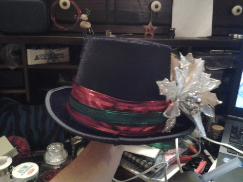 Front view of my holiday hat.